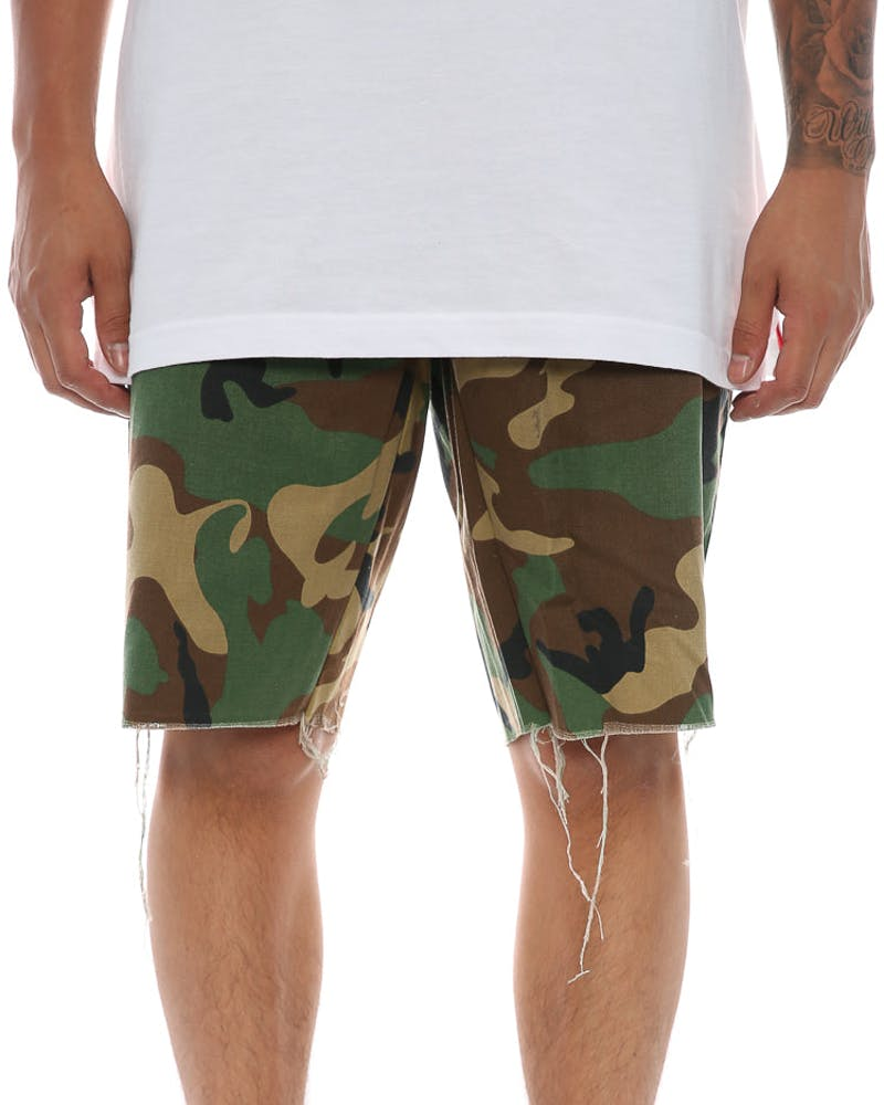 Raw Hem Port Short Camo
