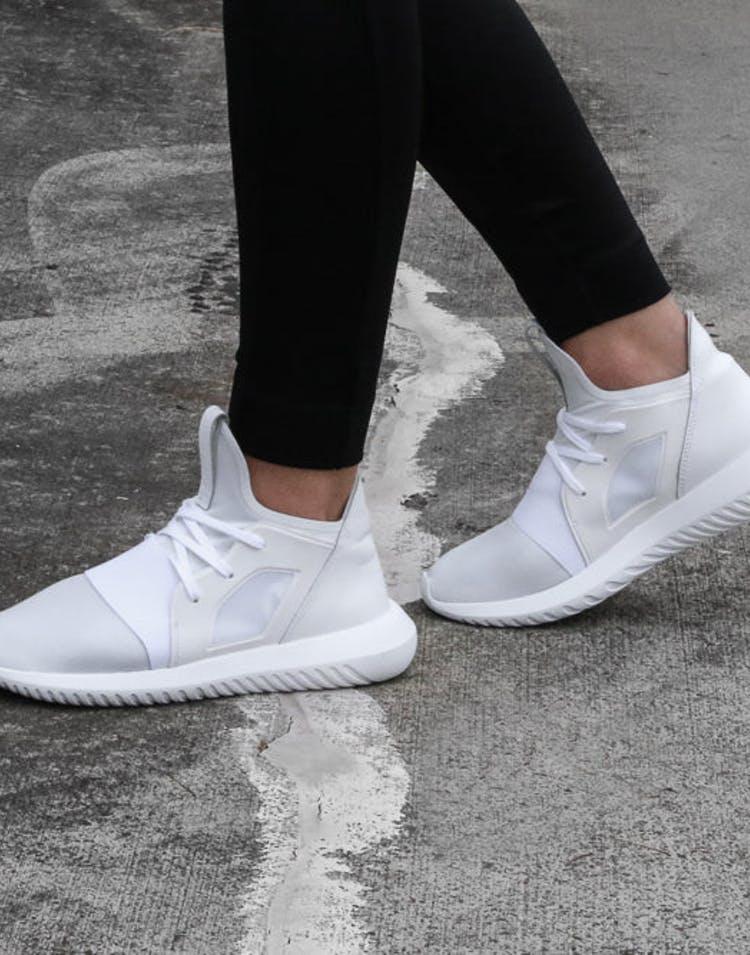 wholesale dealer 5a5a1 91f3f Adidas Originals Women s Tubular Defiant White White