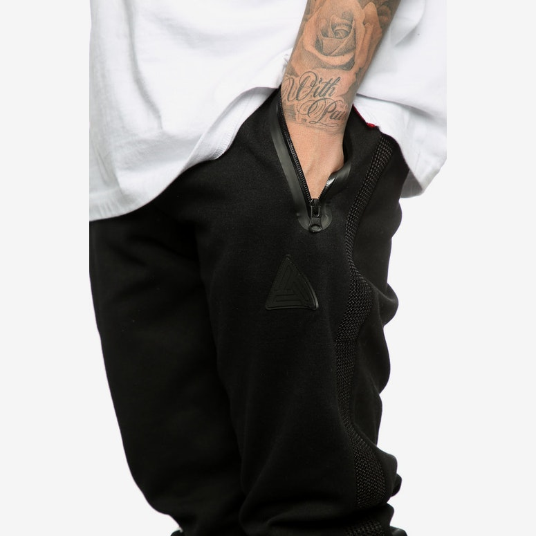 Black Pyramid Tech Nylon Pants Black
