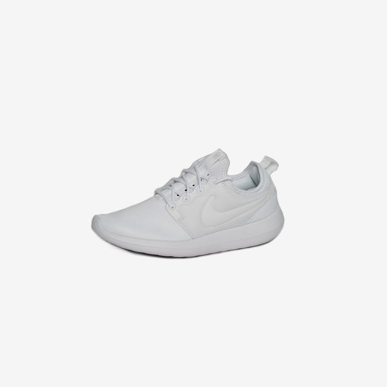 huge selection of 1a3fc 5e9d7 Nike Women s Roshe Two White White