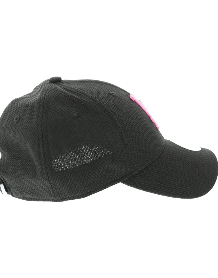 New Era Women's Los Angeles Dodgers Neon Pop 9FORTY Velcroback Black/Pink