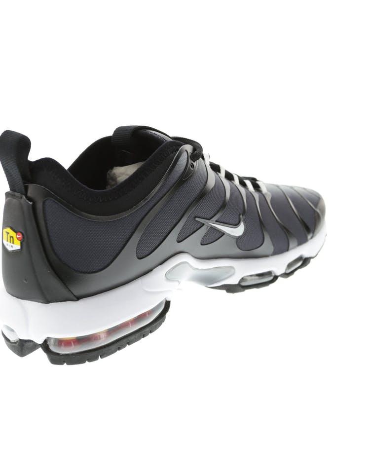 brand new b9e86 247be Nike Air Max Plus TN Ultra Black/White