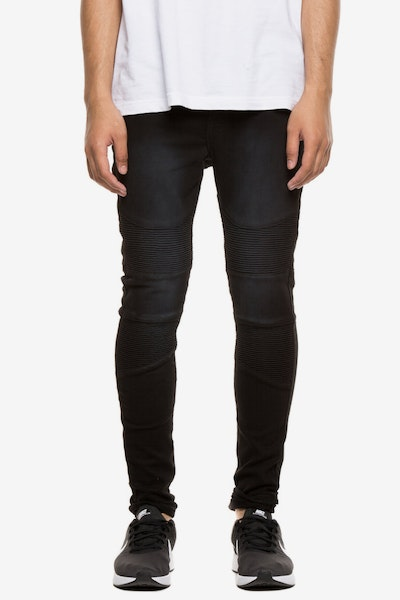 Saint Morta Shifter Jean Black