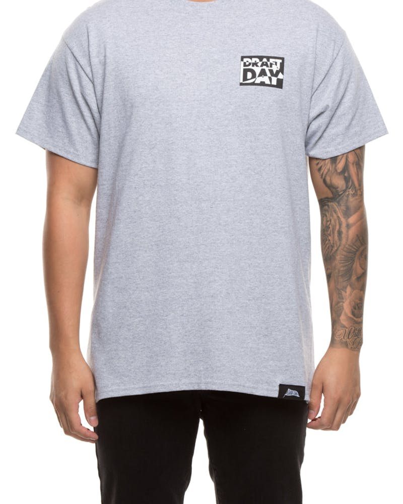 Draft Day Flag It Tee Grey
