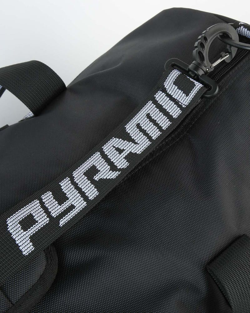 Black Pyramid Pyramid Duffle Bag Black