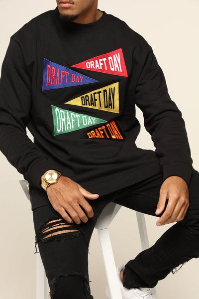 DRAFT DAY CHAMPS LS SWEATER BLACK