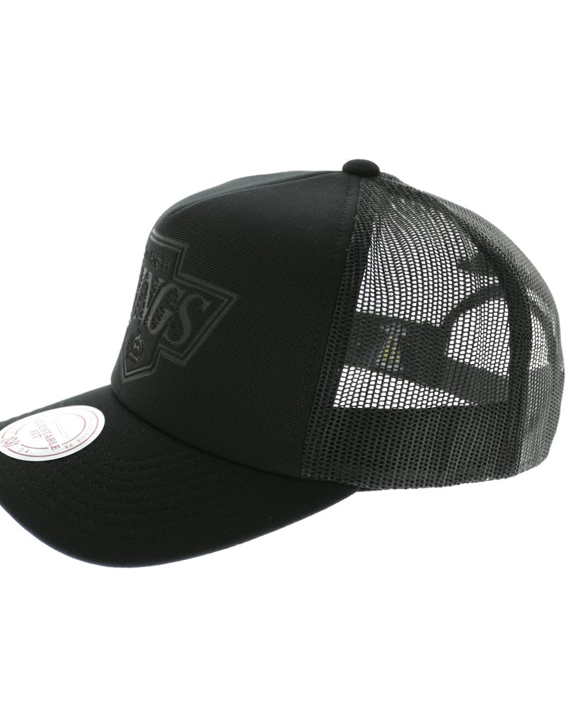 Mitchell & Ness LA Kings D-M Trucker Snapback Black