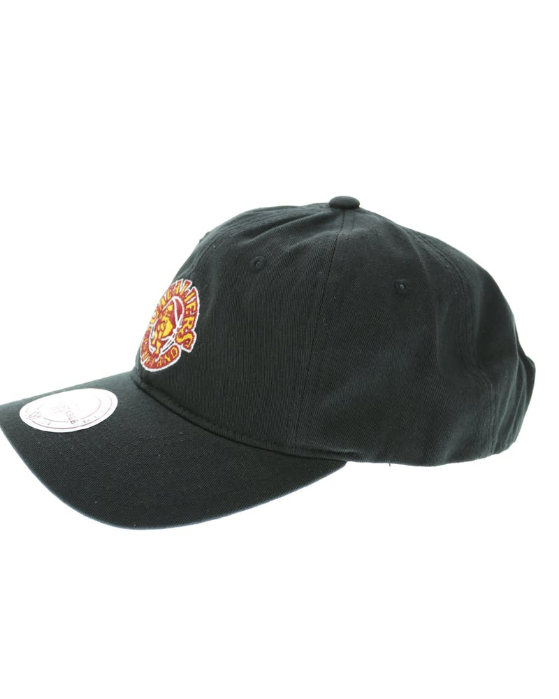 Mitchell & Ness Cavaliers Retro Cotton Strapback Black
