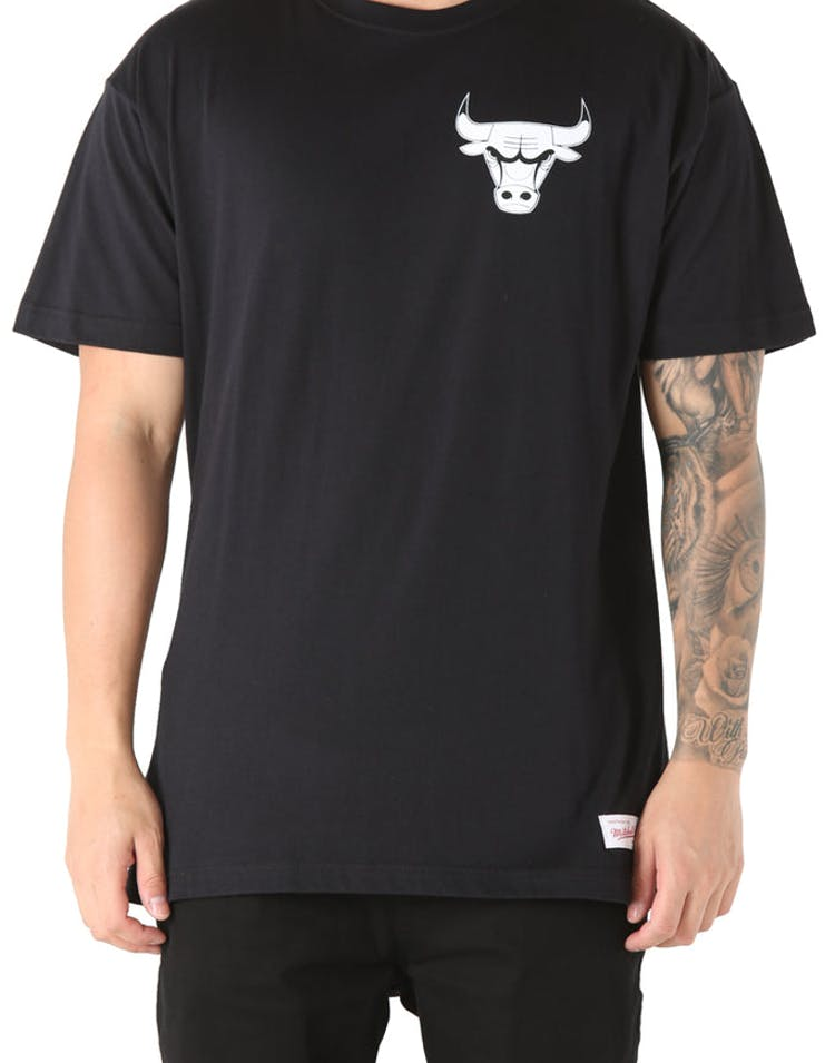 Mitchell & Ness Chicago Bulls Mono Logo Tee Black