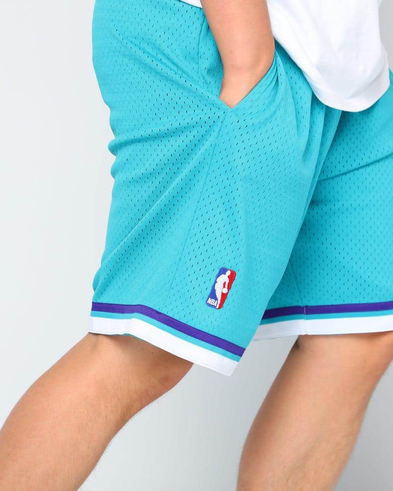 Mitchell & Ness Charlotte Hornets 92/93 Swingman Shorts Teal