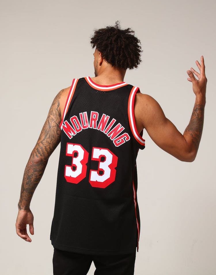 online store d9239 2061a Mitchell & Ness Miami Heat Alonzo Mourning #33 NBA Jersey Black