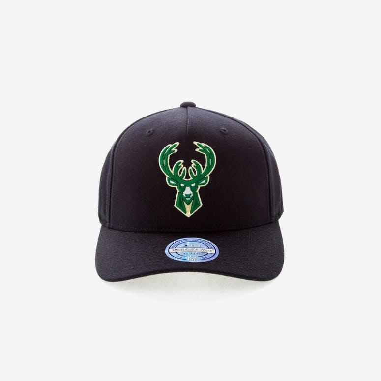 476f00227e1 Mitchell   Ness Milwaukee Bucks 110 Pinch Snapback Black – Culture ...