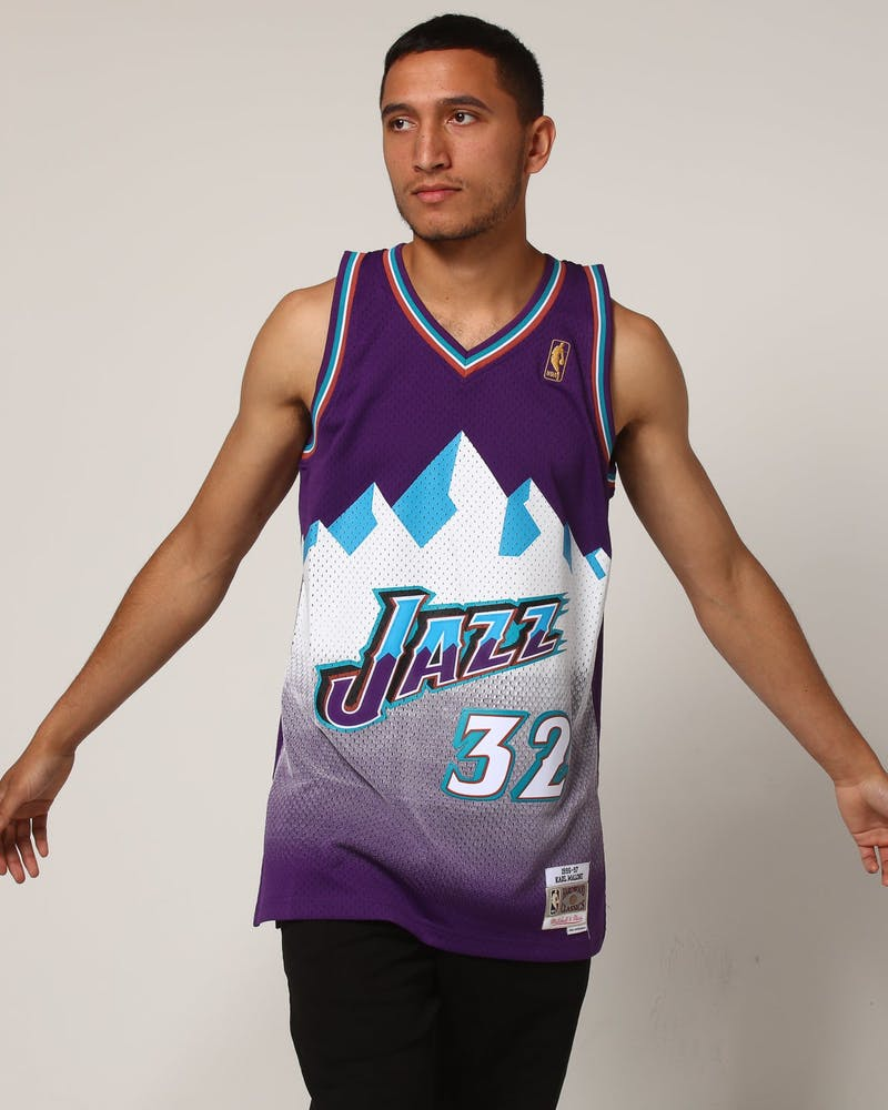 Mitchell & Ness Utah Jazz Karl Malone #32 NBA Jersey Purple