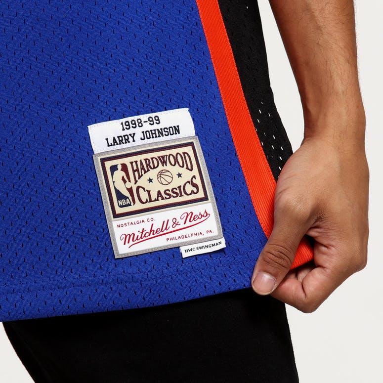 Mitchell   Ness New York Knicks Larry Johnson  2 Swingman NBA Jersey Royal 3490edb8e