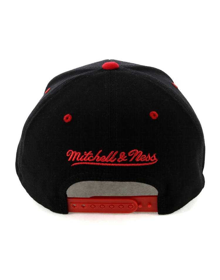 buy popular f0fd6 aa71e Mitchell   Ness Houston Rockets Team Logo 2 Tone 110 Snapback Black Red