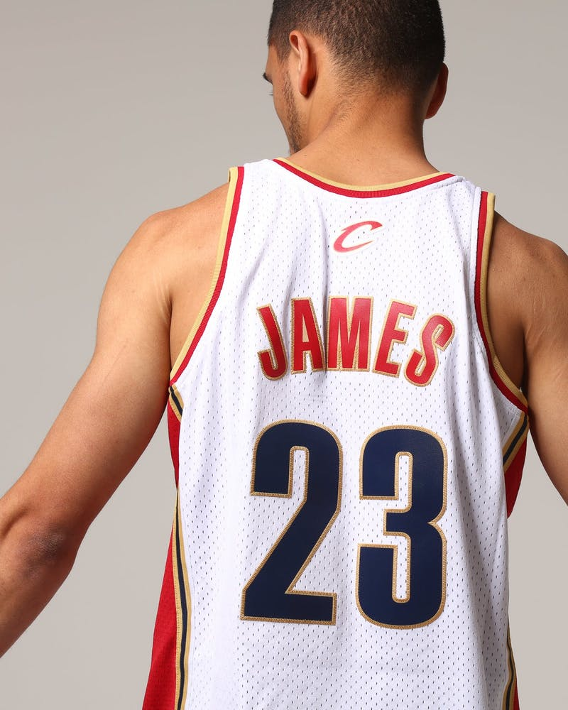 Mitchell & Ness Cleveland Cavaliers Lebron James #23 NBA Jersey White/Red