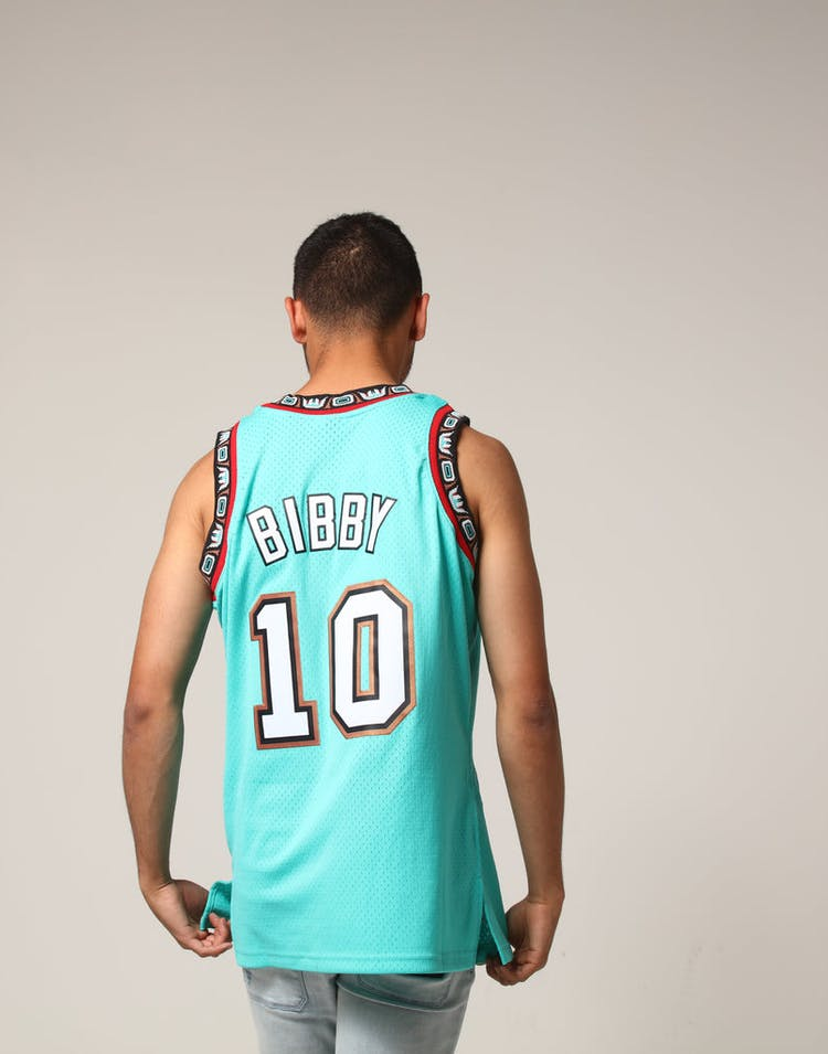 buy popular 476c1 c9ca4 Mitchell & Ness Vancouver Grizzlies Mike Bibby #10 NBA Jersey Aqua