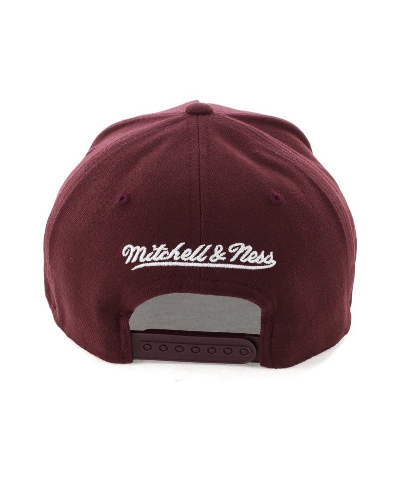 Mitchell & Ness Cleveland Cavaliers Pinch 110 Snapback Burgundy