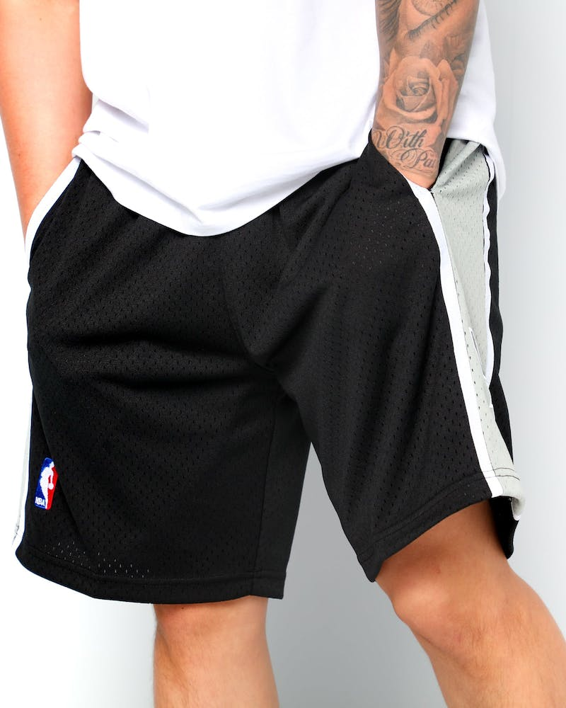 Mitchell & Ness San Antonio Spurs 98/99 Swingman Shorts Black/Grey