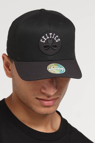 Mitchell & Ness Boston Celtics 110 Kevlar Snapback Black