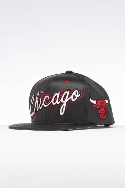 494e5b89dd081 Mitchell   Ness Chicago Bulls Rapid Snapback Black