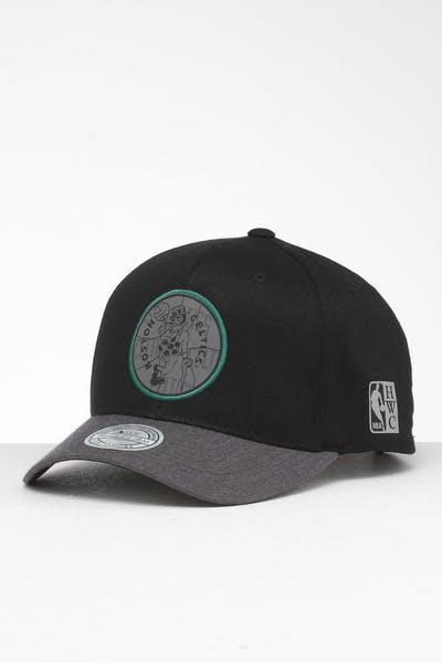 on sale 25a4f d661d Mitchell   Ness Boston Celtics Reflective Duo II Snapback Black Grey ...