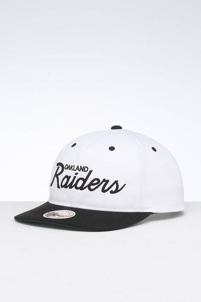 Mitchell & Ness Raiders Deadstock Snapback White/Black