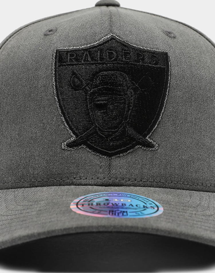 Mitchell & Ness Raiders Washed Denim 110 Snapback Washed Grey