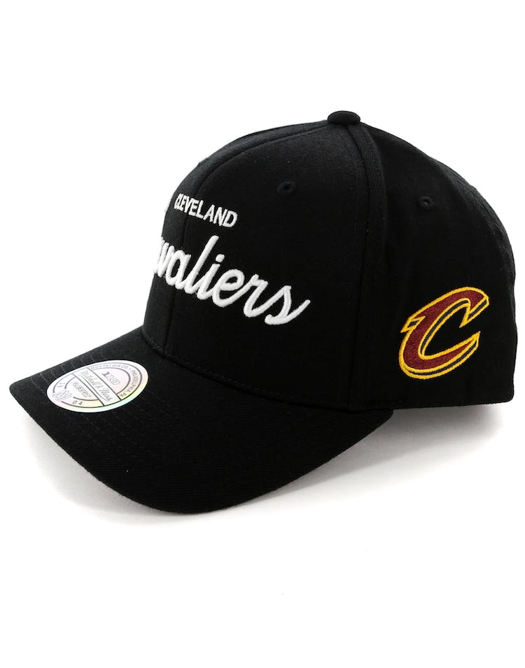 Mitchell & Ness Cleveland Cavaliers 110 Team Script Snapback Black