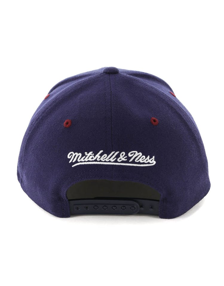 Mitchell & Ness Cleveland Cavaliers HWC Arch 110 Snapback Navy/Maroon