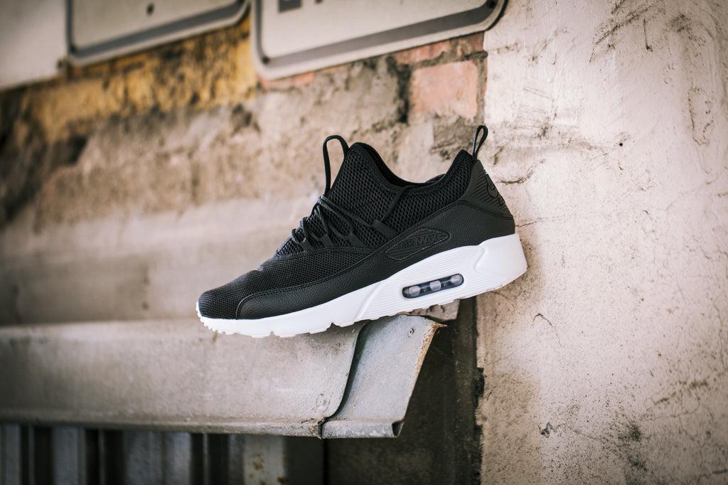 Nike Air Max 90 EZ BlackWhite