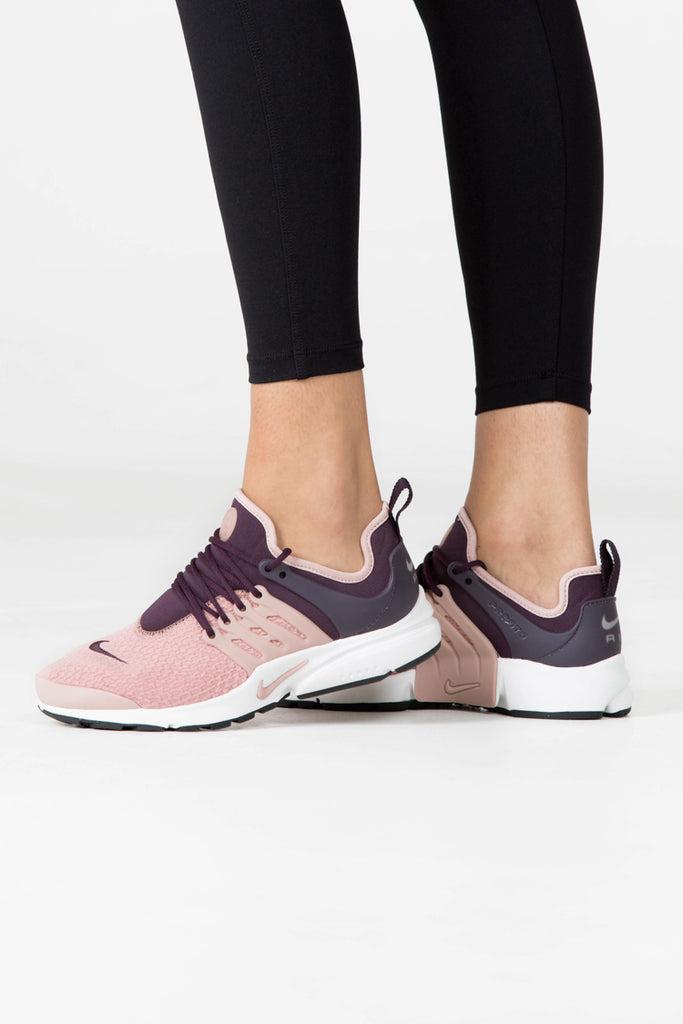 Nike Bourgogne Rose De coût en ligne achat de dédouanement b2OlcK5T