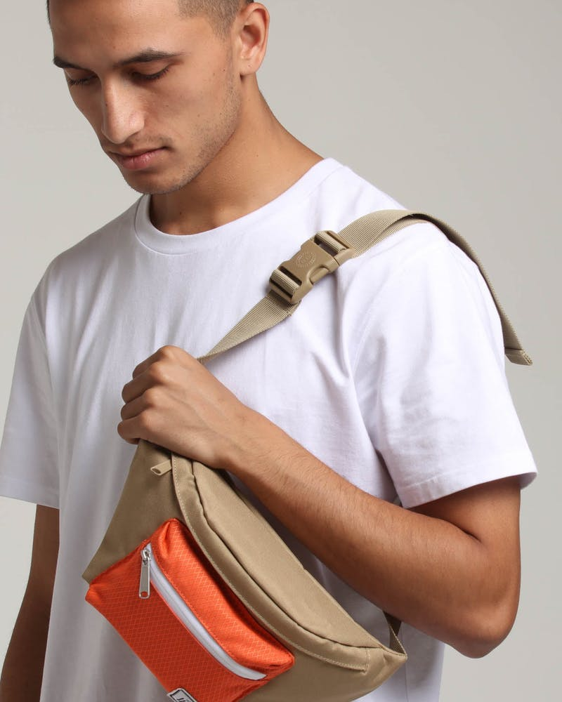 HERSCHEL BAG CO SEVENTEEN HIP PACK Beige/Orange