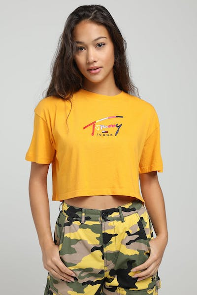 TOMMY JEANS WOMEN'S CROPPED TOMMY SCRIPT TEE YELLOW