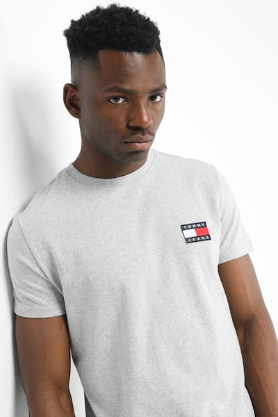 Tommy Jeans TJM Tommy Badge Tee Light Grey Heather