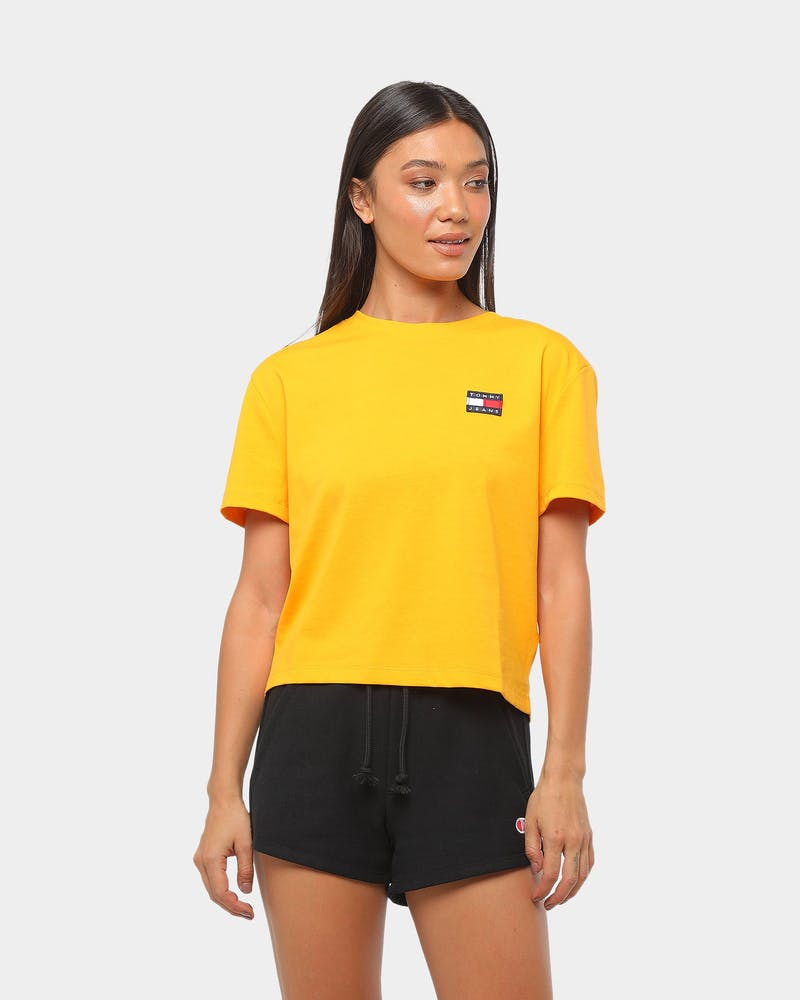 Tommy Jeans Women's TJW Tommy Badge Tee Gold