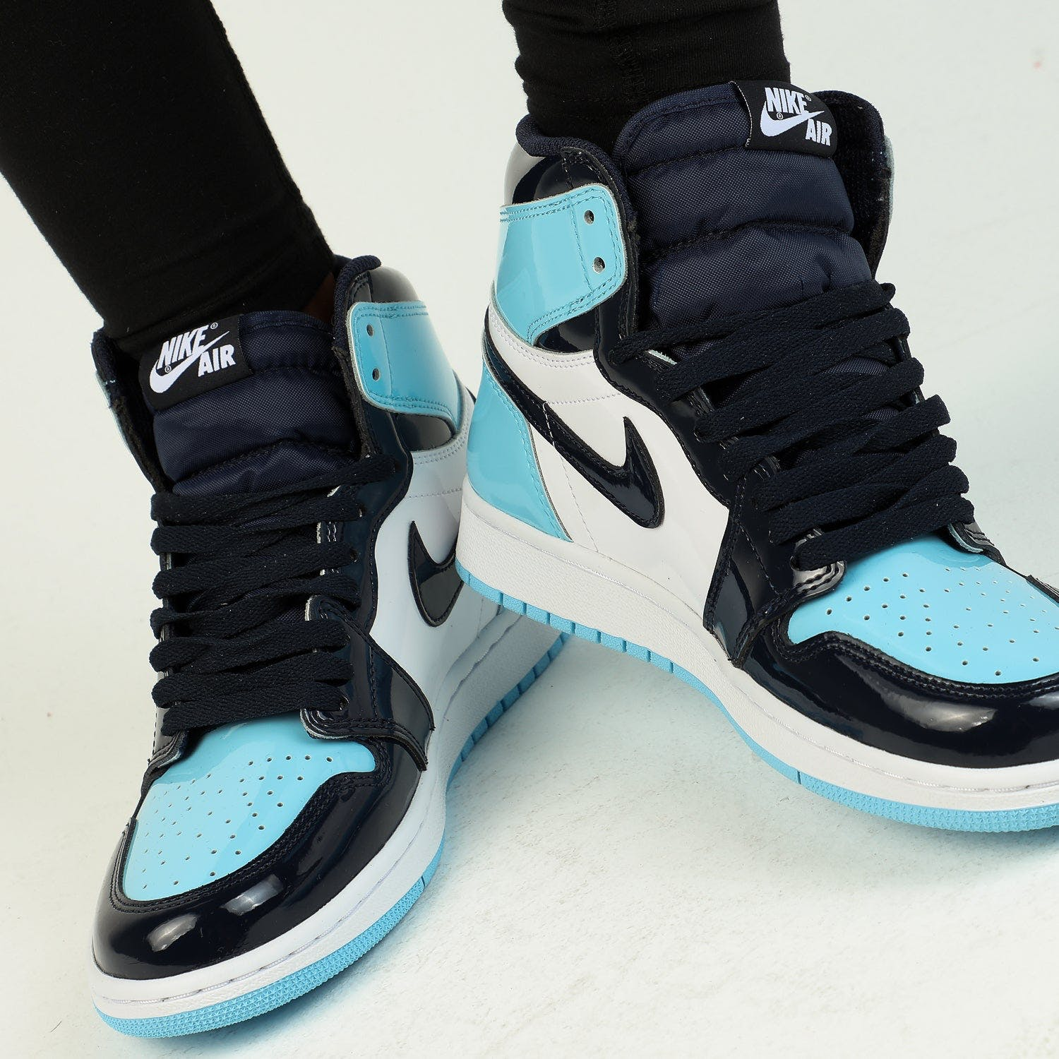 nike air jordan 1 obsidian blue womens