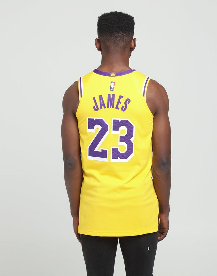 sports shoes c4e54 05b5e Nike Los Angeles Lakers LeBron James #23 Icon Edition Swingman Jersey  Amarillo