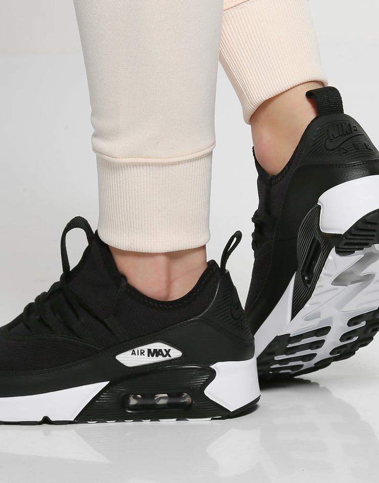 free shipping 4ca4a 1a08f Nike Women s Air Max 90 EZ Black White