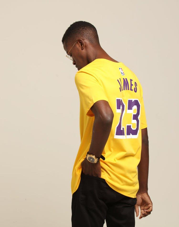 da8ae60d1823 Nike Los Angeles Lakers Lebron James  23 Dri Fit Tee Amarillo ...
