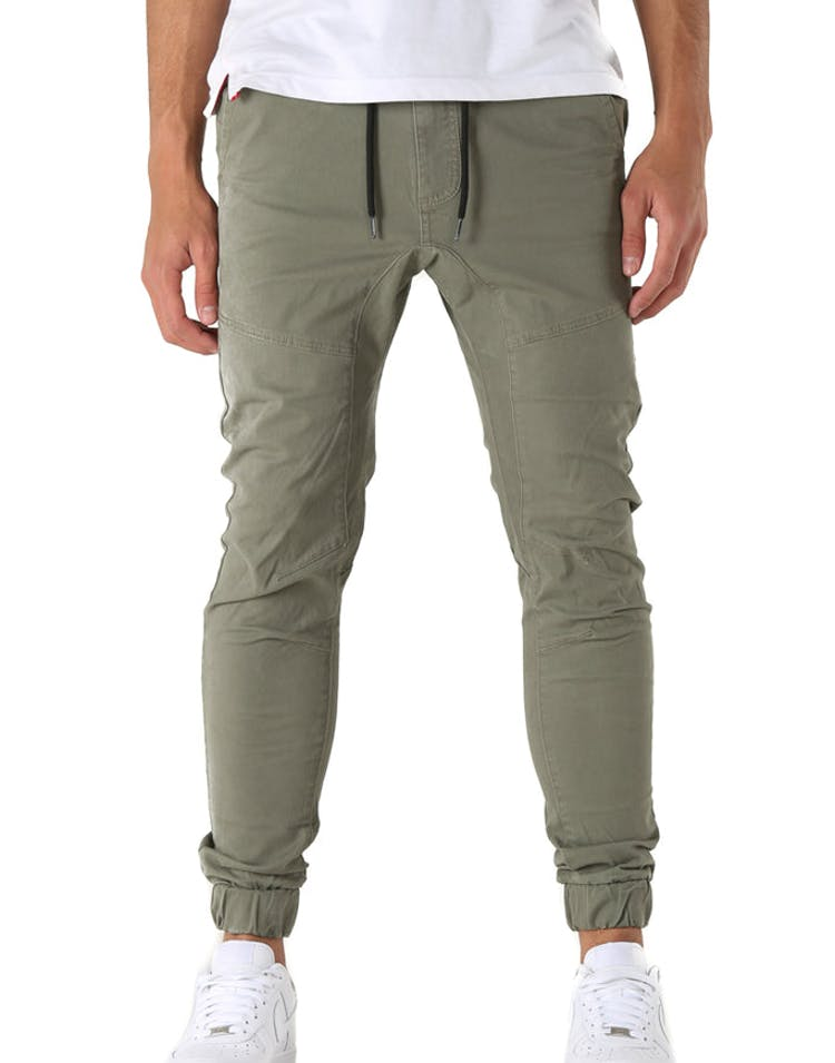 Nena and Pasadena Commander Elastic Ankle Chino Dusty Olive