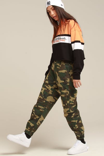 Stussy Women's Hunt Cargo Pant Green Camo