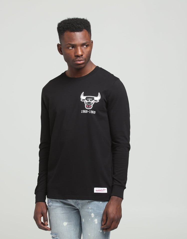 Chicago Bulls Wordmark Long Sleeve T-Shirt