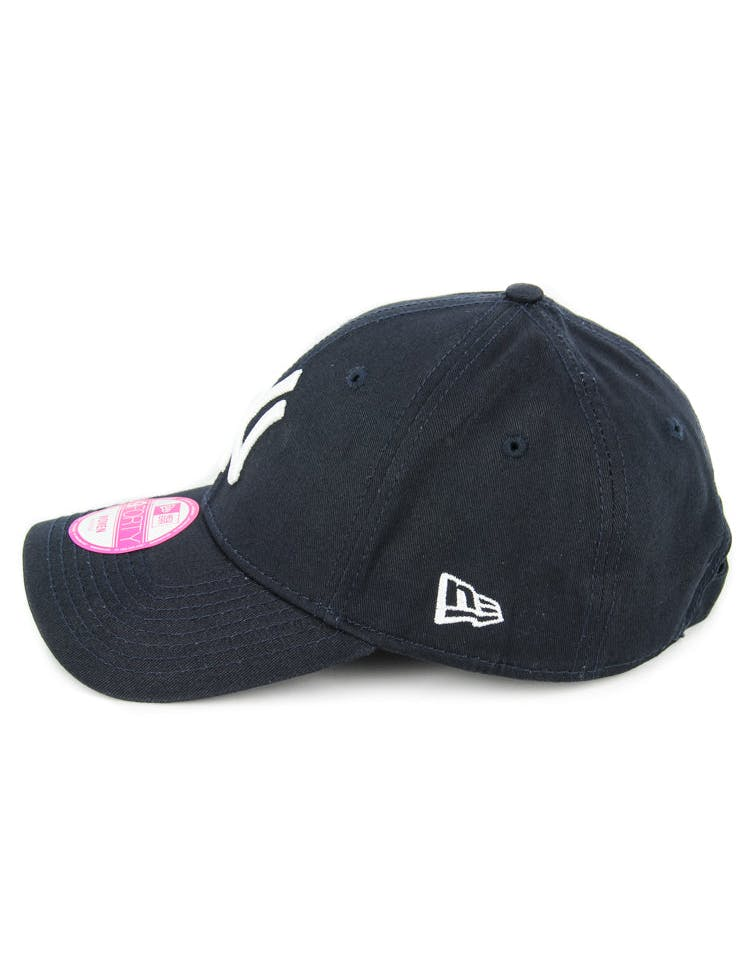 New Era Women's Yankees 9FORTY Strapback Navy/white