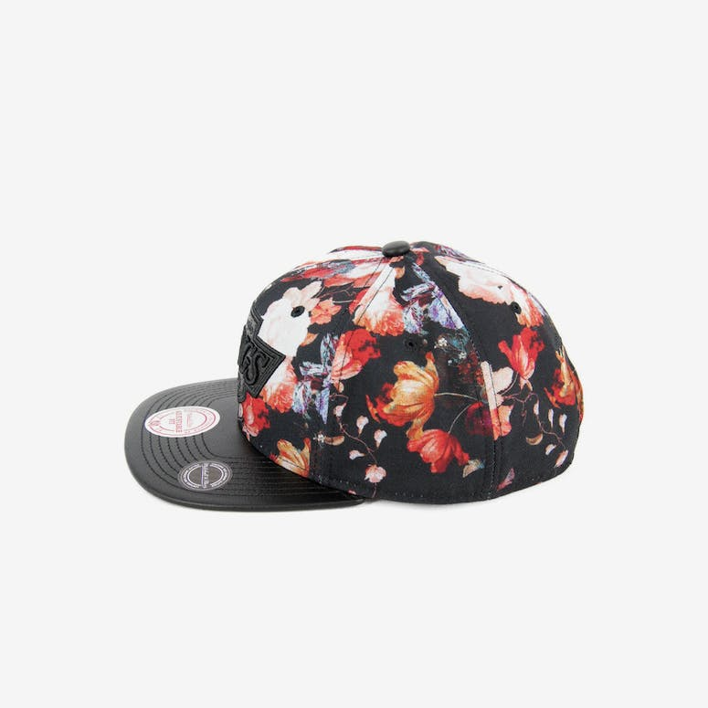 b45740f1b6a Mitchell   Ness LA Kings Snapback Floral black – Culture Kings NZ