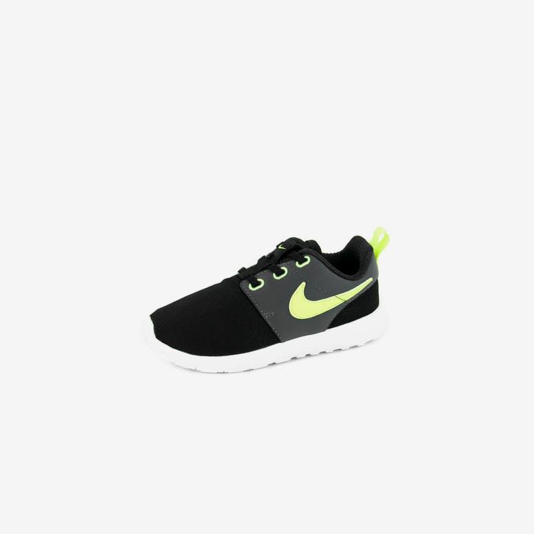 meet 9be5d c87eb Nike Roshe One (psv) Black yellow wh – Culture Kings NZ