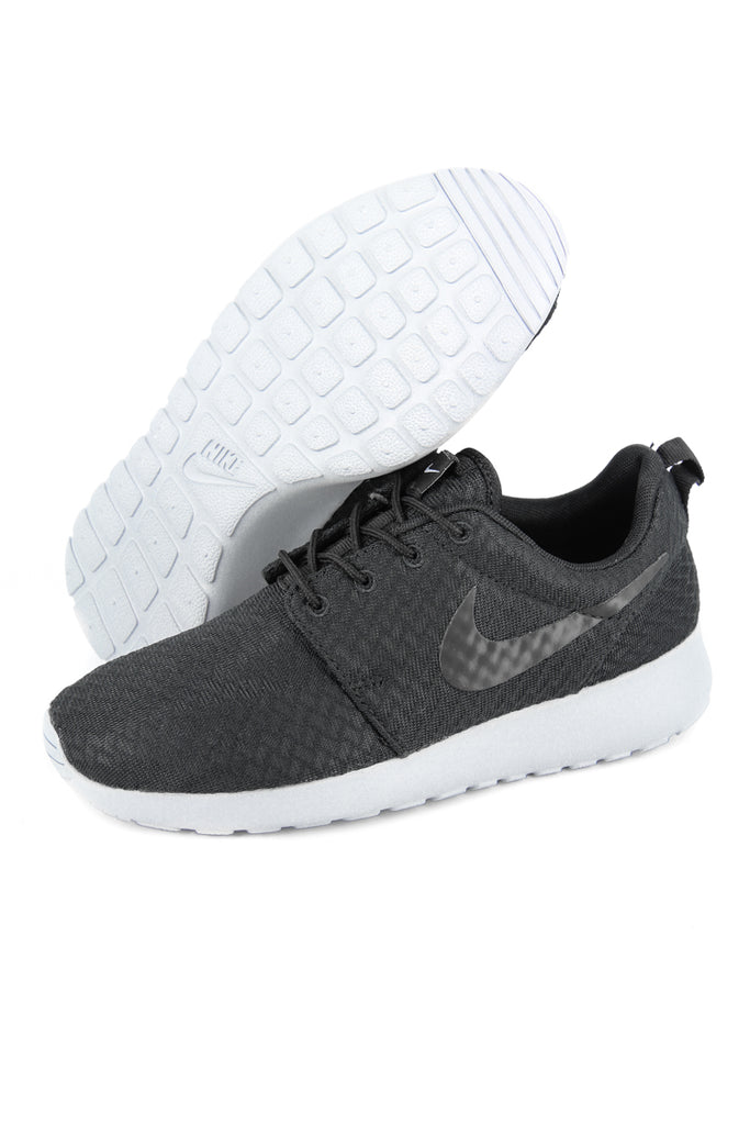 nike roshe one womens black nz